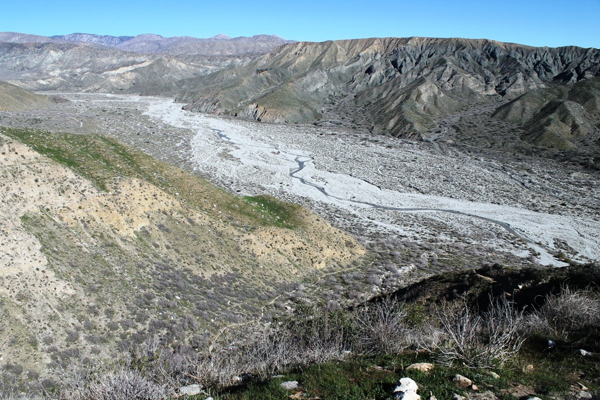 View from PCT raise to north Whitewater Canyon