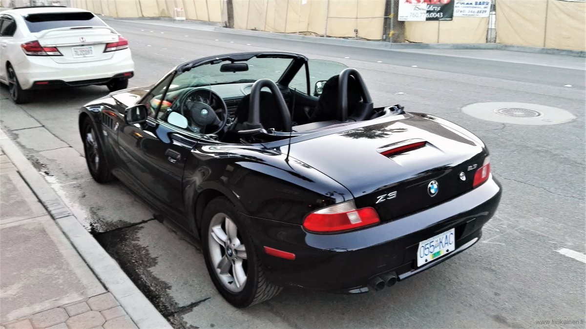 BMW Z3 convertible back