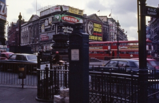 BR-Picadilly Circus 1976